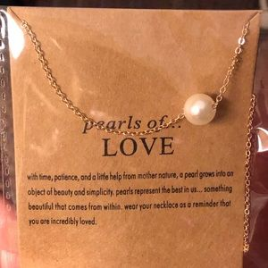 Jewelry - Pearls of Love Necklace